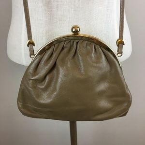 TRENDY 80'S  VINTAGE TAUPE LEATHER PURSE